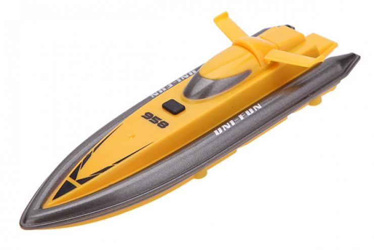 катер лодка на радиоуправлении