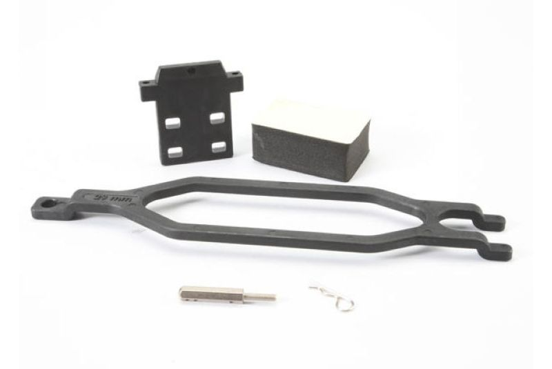 TRAXXAS запчасти Hold down, battery/ hold down retainer/ battery post/ foam spacer/ angled body clip (allows for inst TRA5827X